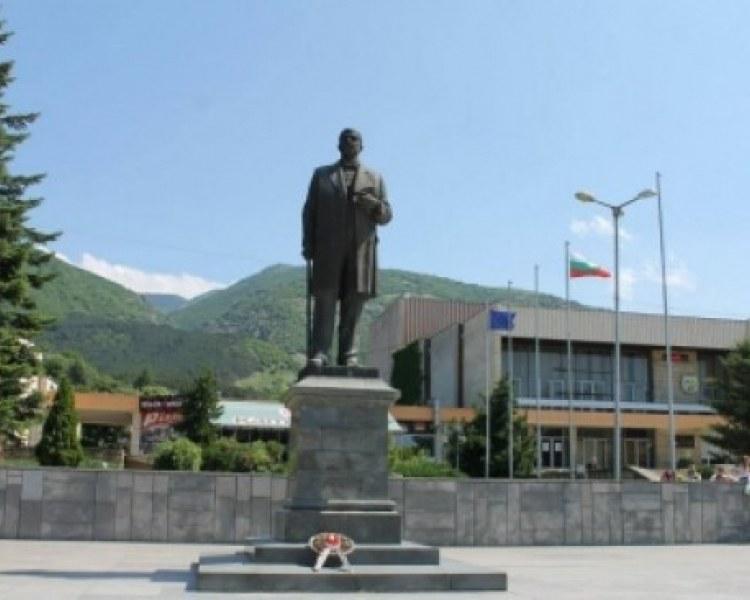 Търсят финансови нарушения в община Сопот, проверките започват