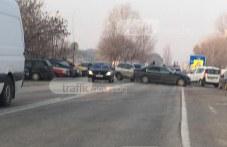 Катастрофа блокира Околовръстния път на Пловдив