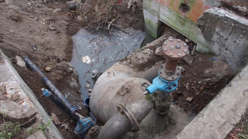 Авария на помпена станция в Хисаря! Целият град е без вода