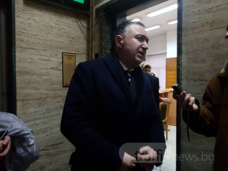 Условна присъда за кмета на Карлово, присвоил 27 бона