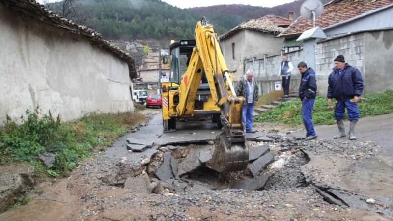 Асеновград и околностите и днес пострадаха от ВиК аварии