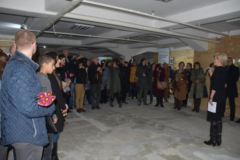 Миризмата на тютюн се завърна в складовете с изложба за Пловдив и истории за тютюна СНИМКИ