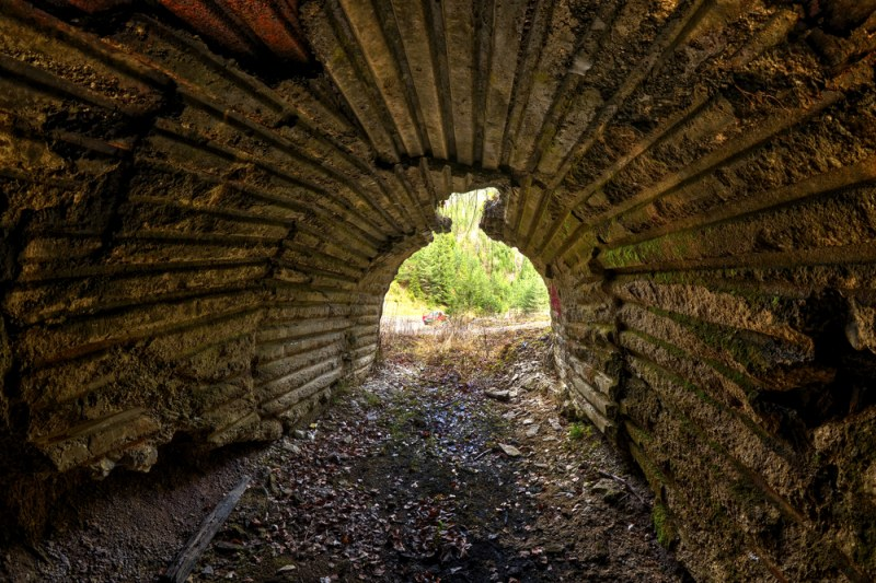 Легендите разказват: Седем прохода под Младежкия хълм водят до гробницата на тракийски цар