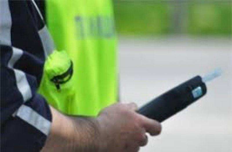 Шофьор с 2,7 промила арестуваха хисарските полицаи