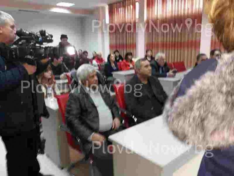17 жалби са подадени срещу събарянето на ромските къщи във Войводиново