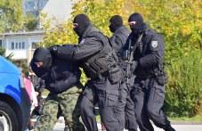 Четирима дилъри хванаха в Карлово и Хисаря с марихуана, амфетамини и хероин