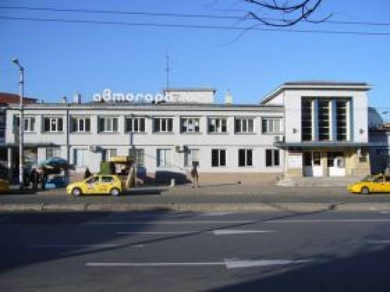 Пловдивски шофьор свали пътничка за Хисаря, нямала дребни пари за билета