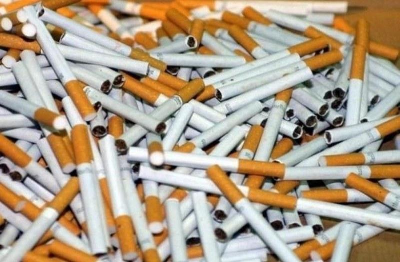 Търговци на нелегални цигари осъмнаха в арестите на Карлово и Първомай
