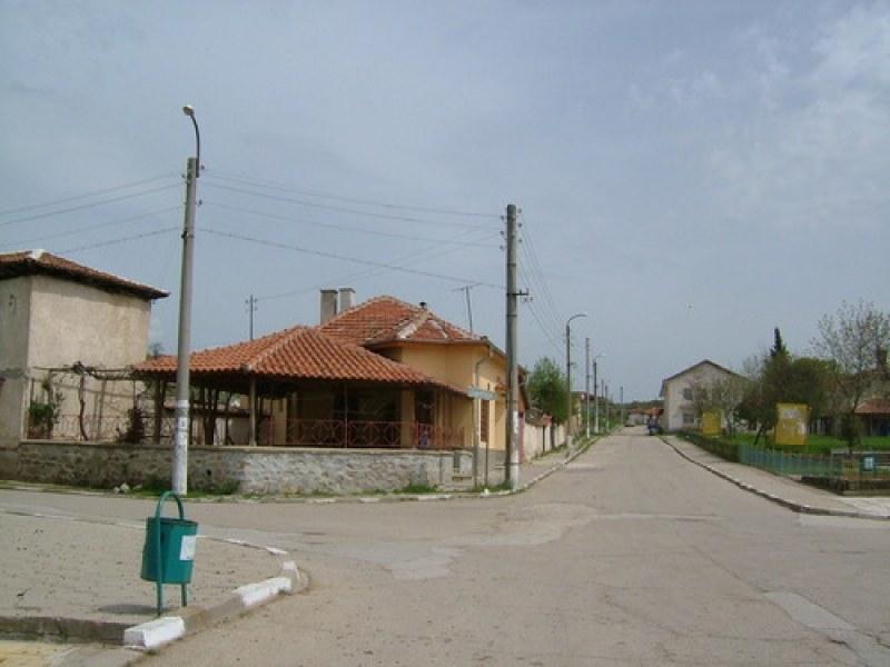 Калояновско село се оказа на сухо днес