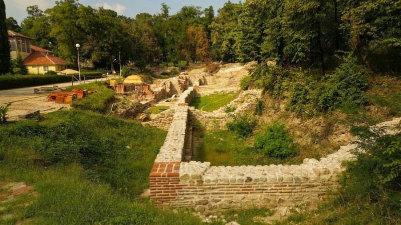 Финансират проучване и консервация на Римските терми в Хисаря
