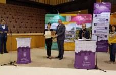 """""""Празници на Стария град"""" грабнаха голямата награда на туристическото изложение във Велико Търново СНИМКИ"""