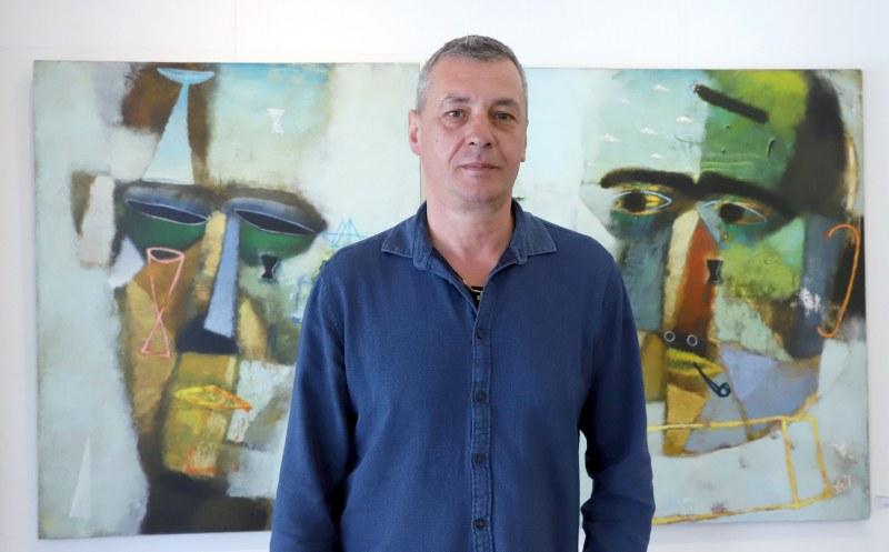 Проклятието да откажеш покана за изложбите на Атанас Хранов ВИДЕО и ФОТОГАЛЕРИЯ