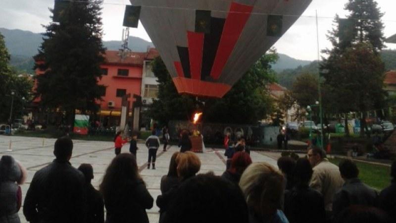 Издигането с балон над Червената църква може да стане една от атракциите на община Перущица