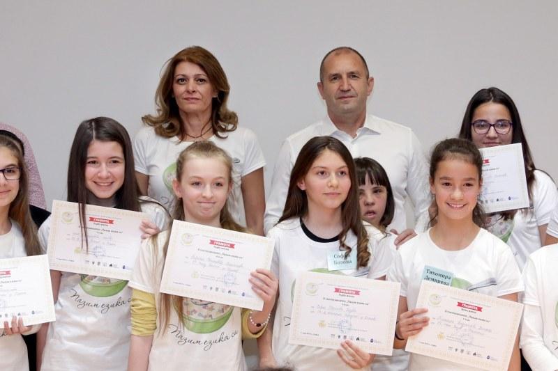 Шестокласничка от Куклен победи в националното състезание по правопис