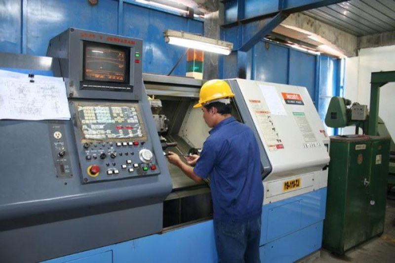 Трудовата борса в Раковски търси общи работници и оператори на машини