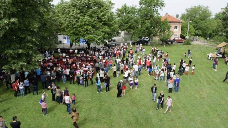 """В Европейското село на щъркелите Белозем започва 14-ия """"Фестивал на Белия щъркел"""" СНИМКИ"""