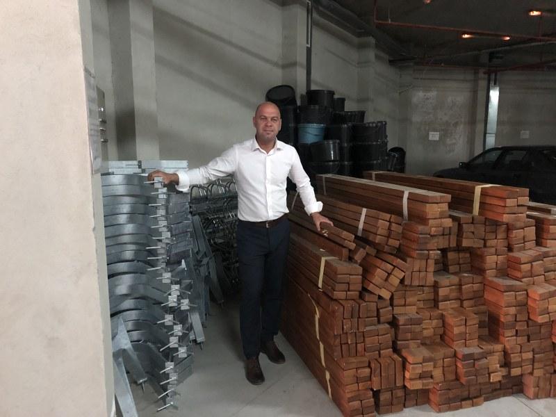 100 нови пейки в Тракия, жителите си ги монтират сами