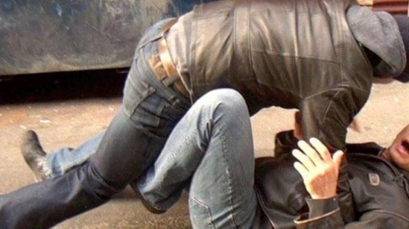 20-годишен от Перущица наби съседа си, побойник е арестуван и в Пловдив