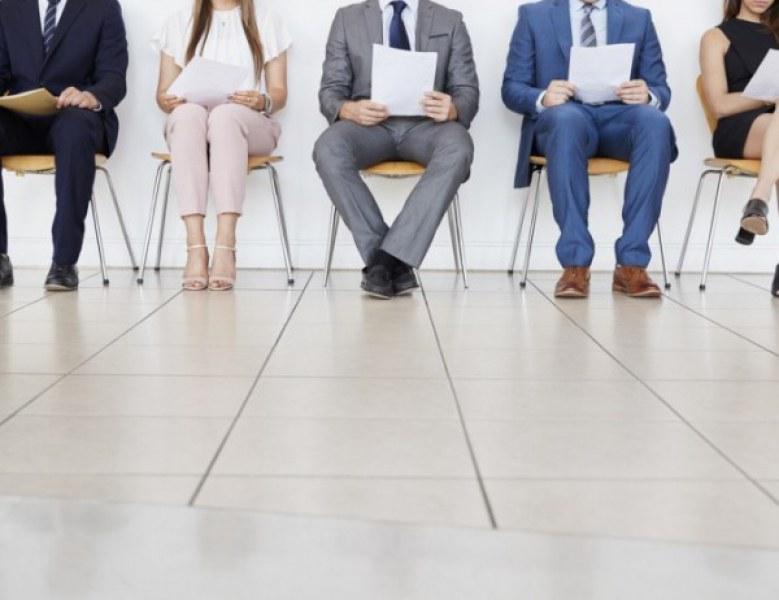 Бюрото по труда в Първомай търси желаещи за над 220 работни позиции