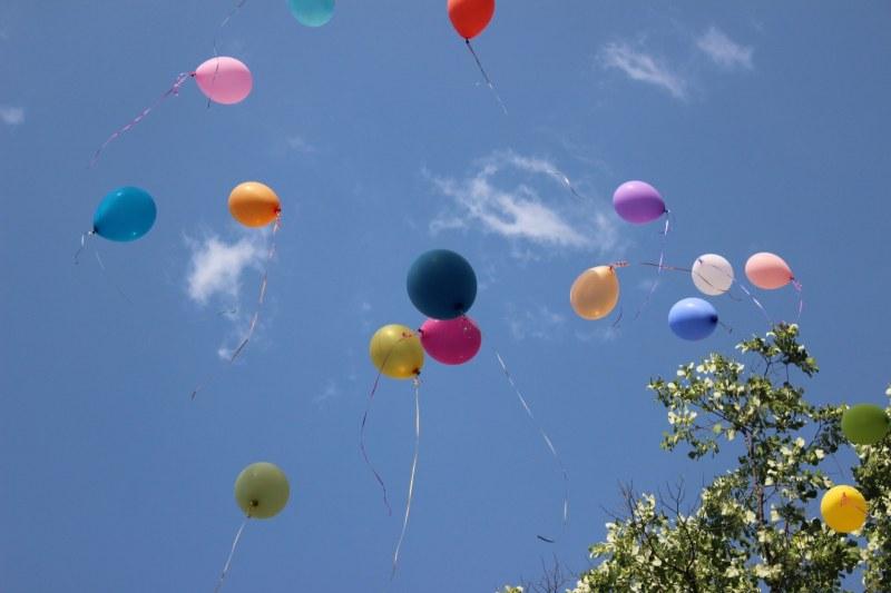 "Детска градина ""Дружба"" закри учебната година с голям концерт, балони литнаха над Пловдив"
