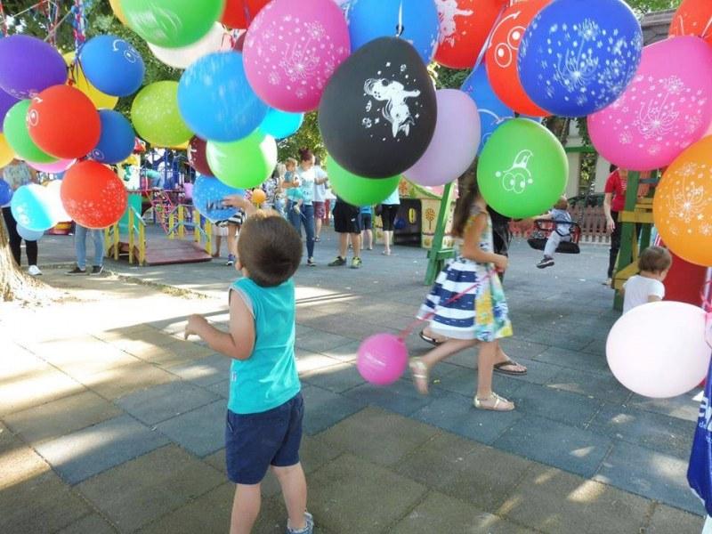 Фокусник идва в Стамболийски, за да забавлява децата на 1 юни