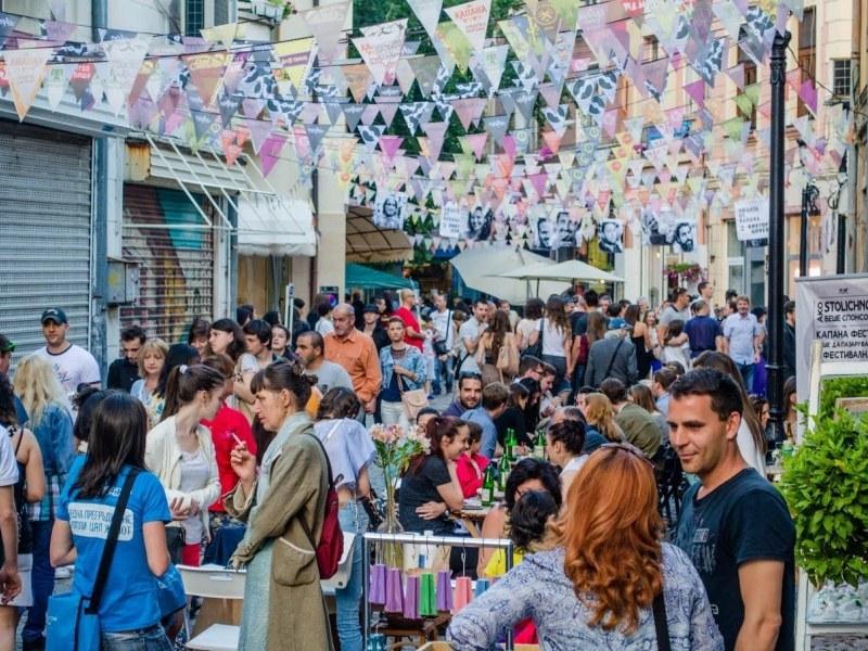 Капана Фест 2019: Фънк, рок, блус, суинг, ска, джаз и балкански етно се леят в квартала