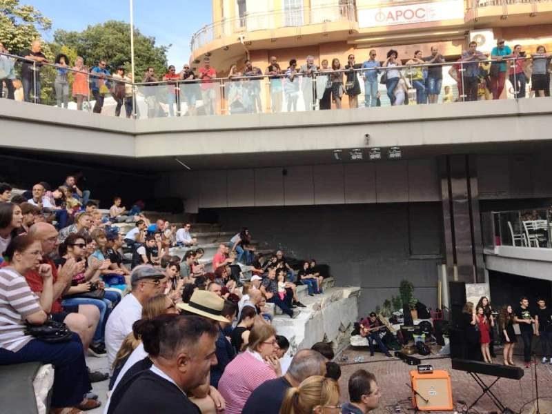 Час по-рано ще започне Големия детски концерт на Римския стадион днес
