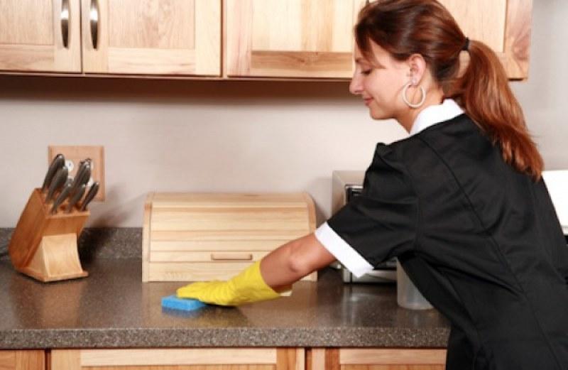 Бюрото по труда в Първомай търси медицински работници и домашни помощници