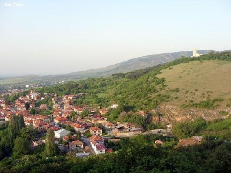 Реконструкция на площад и автобусни спирки в Перущица, очакват се предложения и възражения