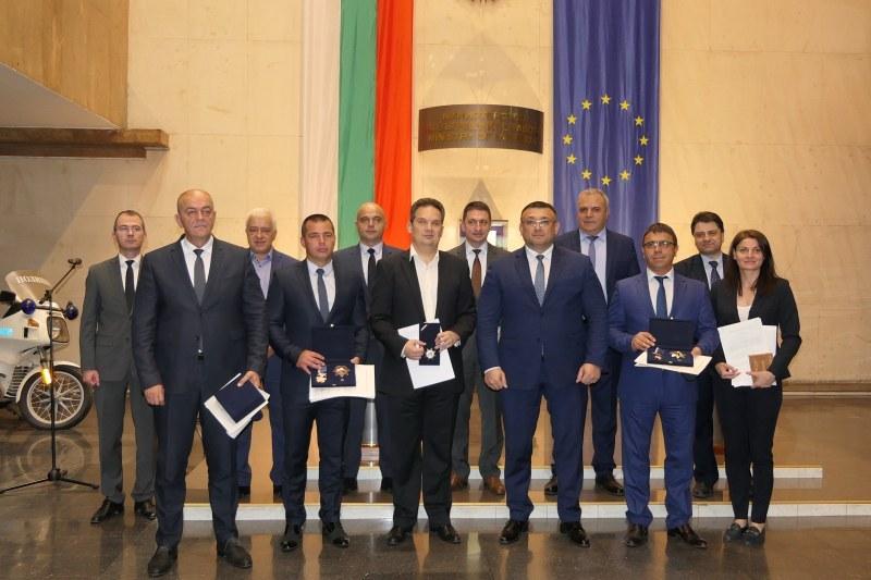 Полицейските шефове Гребенаров, Илков и Златанов с високи отличия след посещението на папата