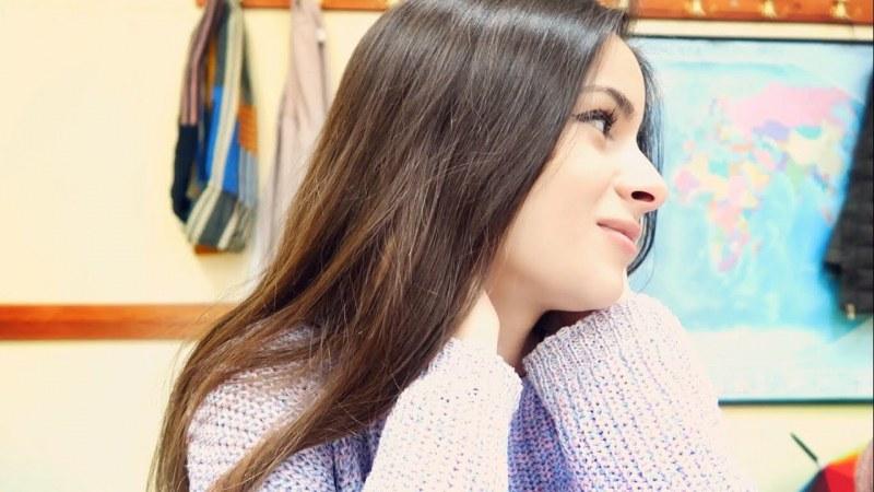 Младата влогърка Изабел спечели Вазовата награда, номинираха я децата на Сопот