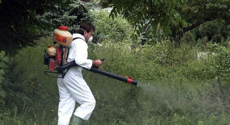 Пръскат срещу опасни насекоми в Сопот, пазете животните и пчелите!