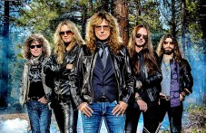Whitesnake разтърсват Пловдив тази вечер с много специален концерт