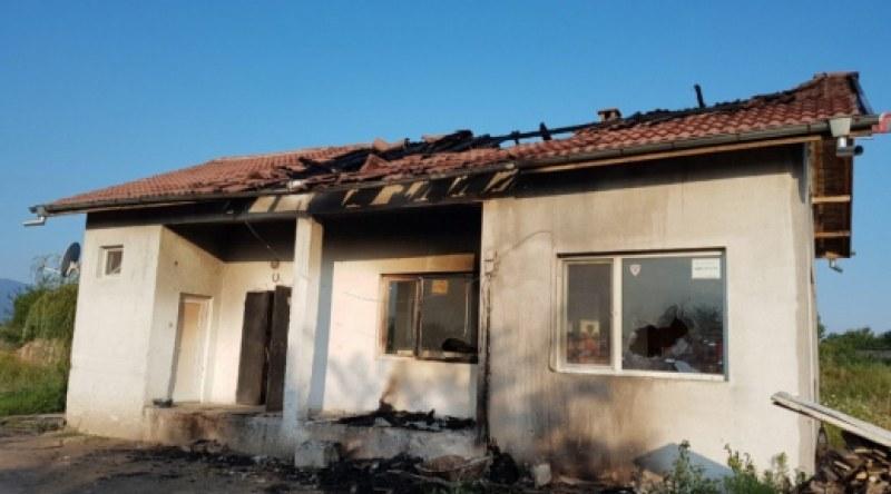 Екшън с бой и стрелба в Катуница след пиянска свада