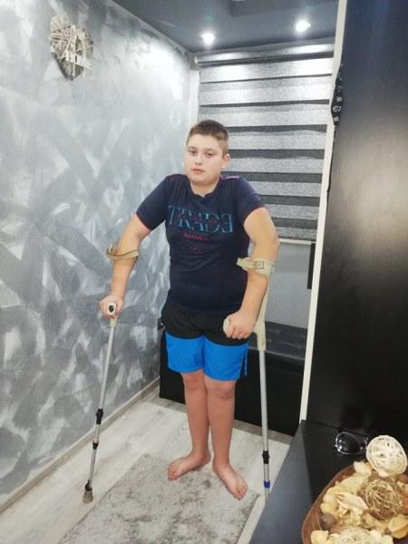 12-годишният Георги от Кричим мечтае да кара колело и да играе, да му дадем този шанс!