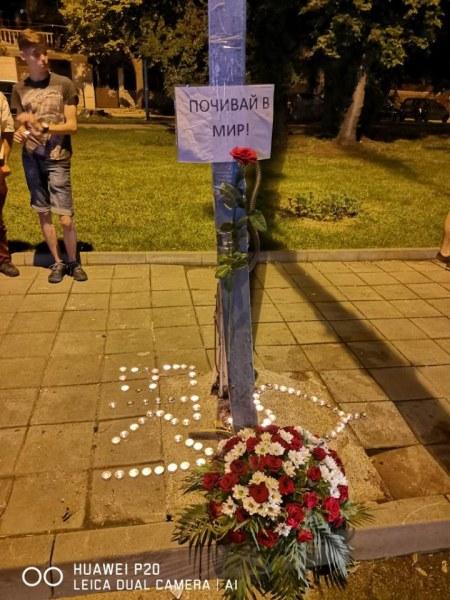 Близките на загиналия в Пловдив моторист обсипаха с цветя лобното му място, кой е виновен за трагедията?