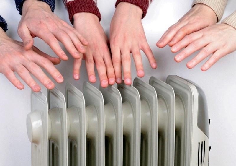 Увеличават помощта за отопление с почти 25%