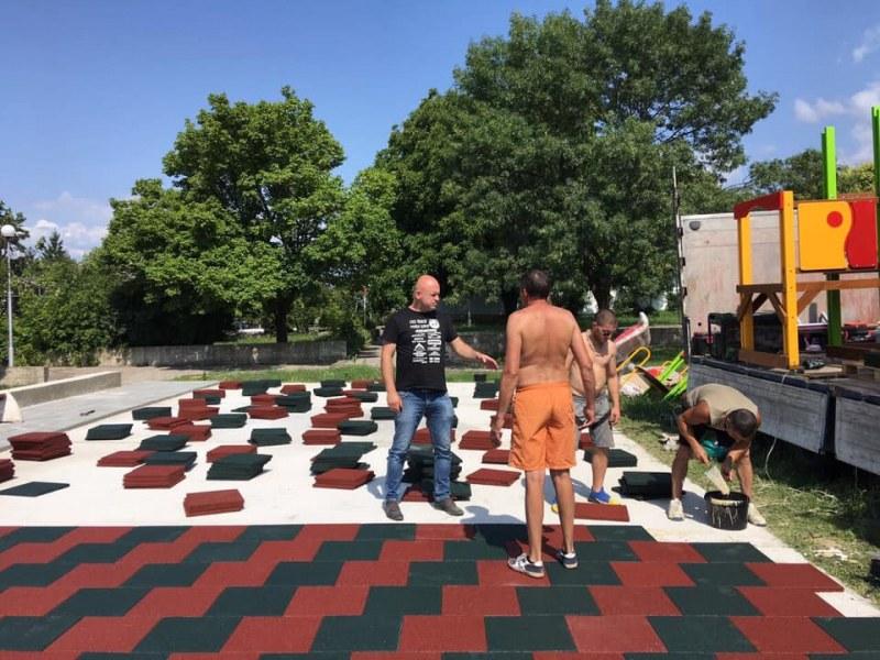 Нова площадка за игри и забавления очаква малчуганите на Сопот