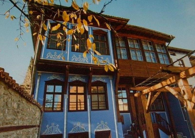 Етнографската къща в Асеновград с обновена фасада за 30-годишния си юбилей като музей