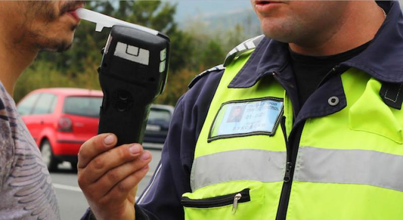 Рекорд! Спипаха шофьор с над 3 промила в Строево, пияни зад волана арестуваха и в Пловдив