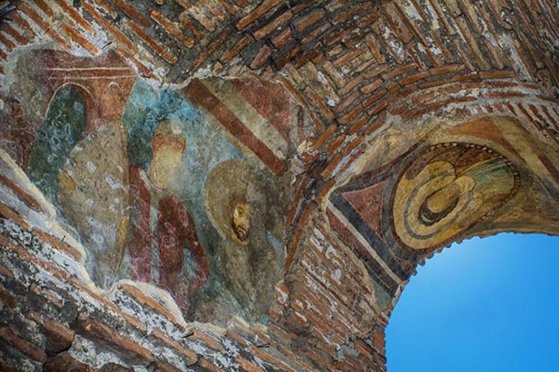 Дядо Николай идва лично в Перущица за молебен към Пресвета Богородица