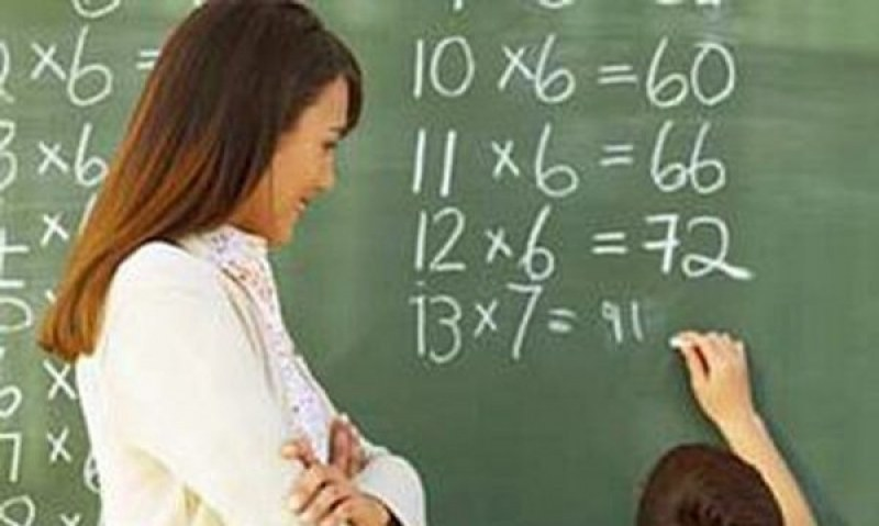"""Рекорден брой учители се търсят в община """"Марица"""", има много места и за хора без висше образование"""
