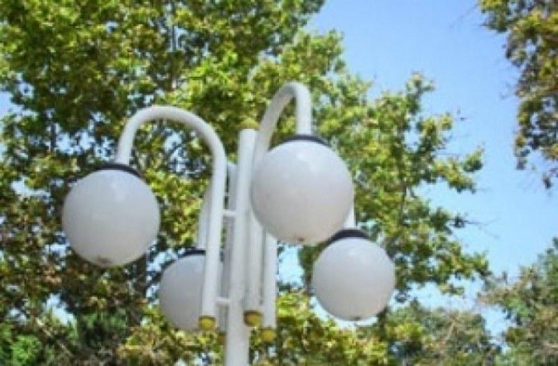 Нови лампи осветиха пространството около поликлиниката в Тракия