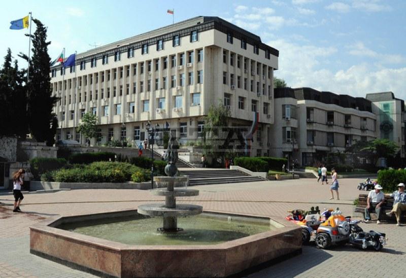 Община Асеновград обявава обществена поръчка за полагане на основа на улична мрежа