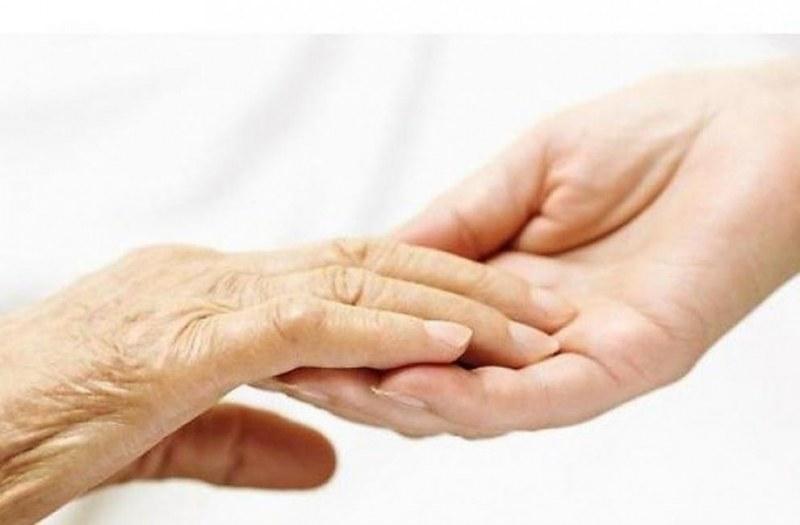 """Проект осигурява патронажна грижа за 95 възрастни и хора с увреждания в община """"Родопи"""""""