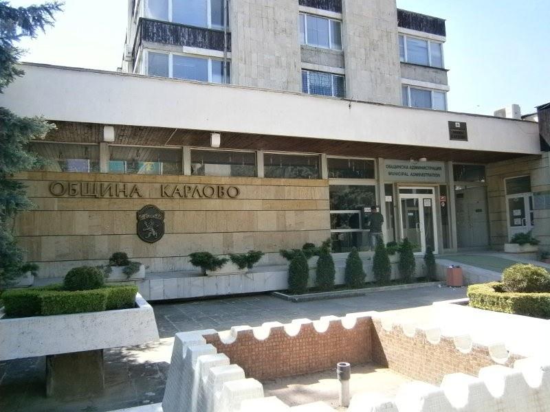 Затварят за движение част от главна улица в Карлово заради авариен ремонт