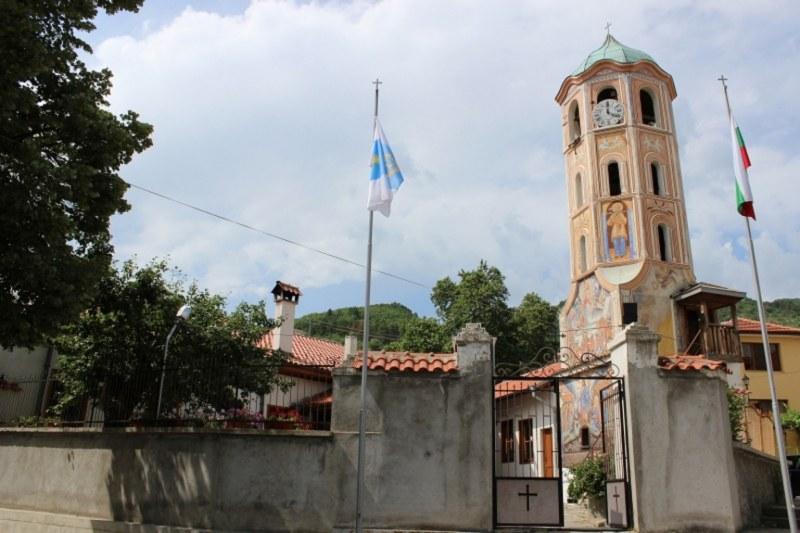 Митрополит Николай лично ще отслужи молебен на Богородица в Асеновград