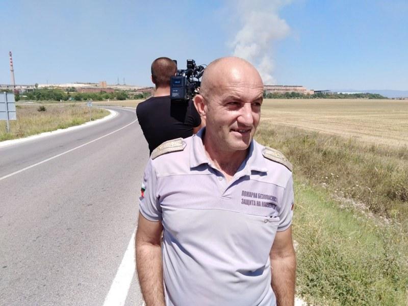 Пожарът край Раковски ще тлее дни наред заради високите температури, хората да внимават