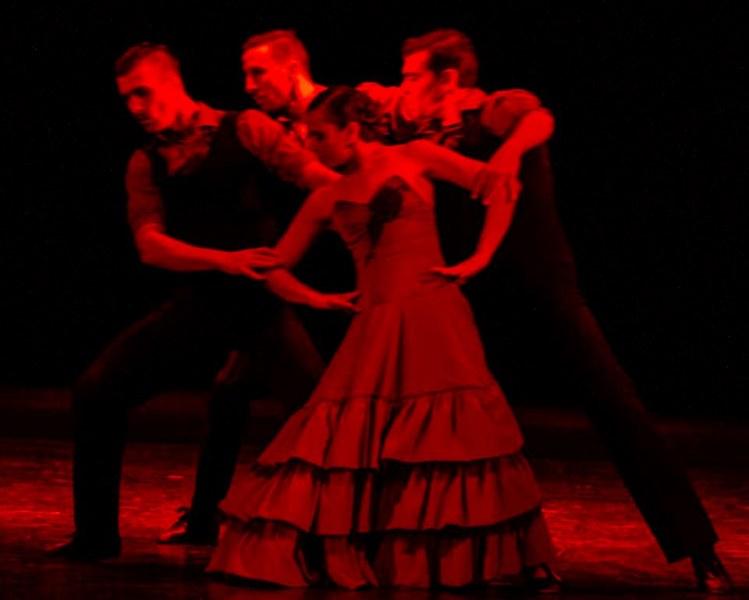 """Opera Open 2019 показва емблематичния спектакъл на балет """"Арабеск"""" - """"Болеро"""" на Античния театър"""