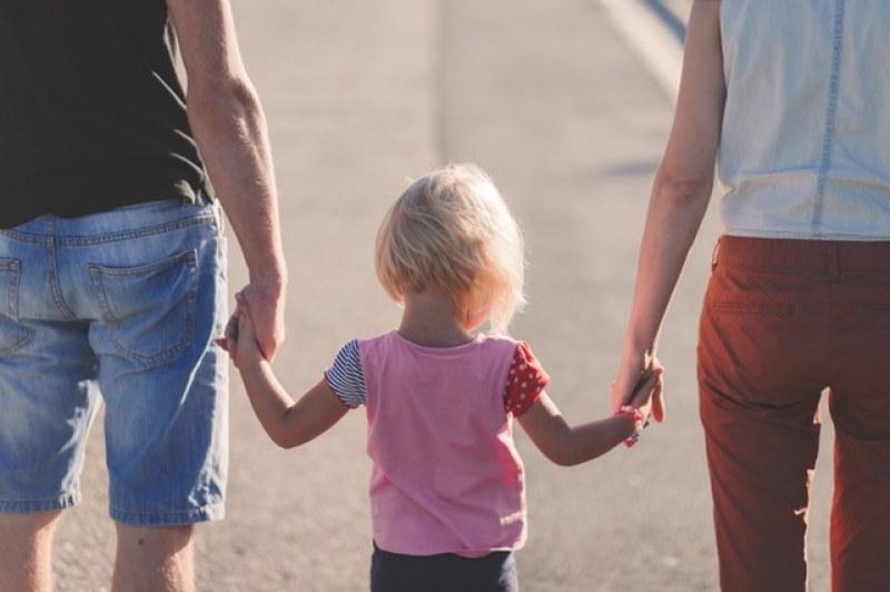 """""""Работилница за родители"""" в Раковски учи как да правилно да отглеждаме децата си"""